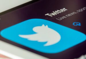 How to Earn Money on Twitter